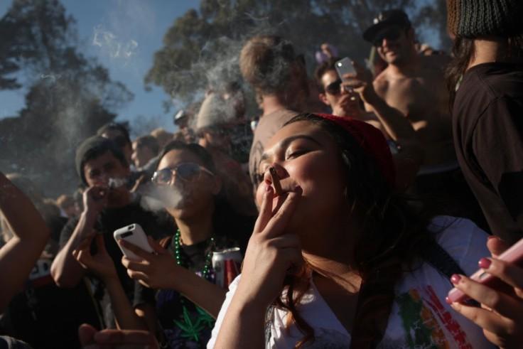 people-smoke-marijuana-joints-420-p-m-thousands-marijuana-advocates-gathered-golden-gate-park